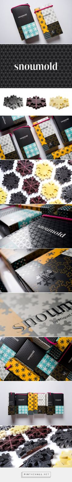 Zoo Studio in Spain has created this logo and packaging design for Snowmold. The project was inspired by the snow fractal, which can be seen on the packagi Packaging Design Inspiration, Web Design Inspiration, Chocolate Box Packaging, Chocolate Boxes, Design Agency, Branding Design, Branding Agency, Cafe Branding, Chocolate Brands