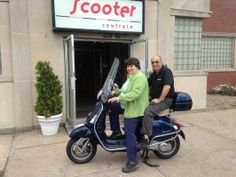 Congratulations to the Herbachs who came down from Albany, NY to pick up this Certified Pre-owned 2009 Vespa GTS250 in Midnight Blue! They're going to have a blast riding this around A-town! :)  #Vespa #VespaHartford #Scooter #ScooterCentrale #Fun #Smile