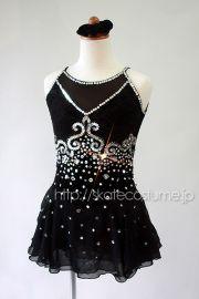 スカートにもキラキラと輝くデコラティブな飾り付き!/大会用フィギュアスケート衣装/品番FRY-226黒
