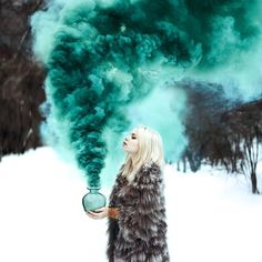 Read Fumaça colorida from the story by EvellynRayenne (Sra Coraline) with 485 reads. Smoke Bomb Photography, Fantasy Photography, Autumn Photography, Outdoor Photography, Creative Photography, Portrait Photography, Photography Lessons, Photography Lighting, London Photography
