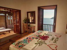 Hotel La Casa Que Canta (México Zihuatanejo) - Booking.com Indoor Outdoor, Events, Vacation, Space, Wedding, Travel, Furniture, Home Decor, Infinity Edge Pool