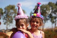 10 Ideas para que tus fotografías de cumpleaños sean únicas - Fiestas y Cumples Summer Birthday, Birthday Fun, Birthday Wishes, Birthday Parties, Birthday Message, Birthday Ideas, James Bond Party, Best Winter Hats, Winter Hats For Women