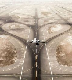 Image about photography in Travel by gabriel on We Heart It Airplane Wallpaper, Airplane Flying, Airplane Photography, Aerial Photography, Jet Plane, Air Travel, Flight Attendant, Military Aircraft, Find Image