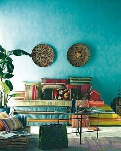 Moroccan style living room with a great wall color - Bohemian Home Living Room Bohemian Interior, Bohemian Decor, Bohemian Room, Bohemian Homes, Gypsy Room, Bohemian Apartment, Bohemian Kitchen, Ethnic Decor, Interior Livingroom