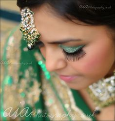 green www.in Source by amouraffairs Asian Wedding Makeup, Indian Bridal Makeup, Wedding Beauty, Desi Wedding, Wedding Photography, Indian Photography, Best Makeup Products, Indian Clothes, Indian Outfits