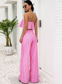 Something She Likes is an online dress shop which has hundreds of cheap and simple party dress, formal gowns and maxi dresses for women perfect. Spring Outfits For School, Summer Outfits, Simple Party Dress, Pink Jumpsuit, Pink Outfits, Online Dress Shopping, Summer Wardrobe, Indie Brands, Going Out