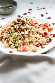 SHARE Fried Rice, Risotto, Fries, Couscous, Ethnic Recipes, Food, Carrots, Cinnamon, Side Plates