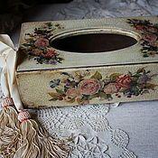 """Купить или заказать Салфетница """"Розы на голубом"""" в интернет магазине на Ярмарке Мастеров. С доставкой по России и СНГ. Материалы: дерево. Размер: 23х15х7 Tissue Box Covers, Tissue Boxes, Kleenex Box, Decoupage Box, Diy Box, Decorative Boxes, Scrap, Shabby, Make It Yourself"""
