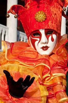 Masks, Carnival of Venice. Venetian Carnival Masks, Carnival Of Venice, Venice Carnivale, Pierrot, Masks Art, Cool Masks, Mardi Gras, Artistic Photography, Orange Color