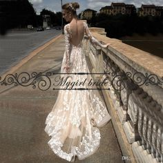 Wholesale classic lace wedding dresses, exquisite wedding dresses and prices of wedding dresses on DHgate.com are fashion and cheap. The well-made long sleeve low back wedding dress sexy boho champagne sheer lace wedding dresses vintage bridal gowns sold by mygirlbride is waiting for your attention.
