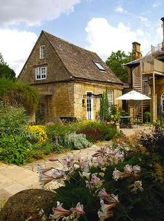 1000 Images About Cotswold Cottages And Edsel Ford House