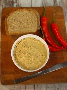 Pikantna pasta z cieciorki do smarowania pieczywa Pesto, Food To Make, Sandwiches, Food And Drink, Health Fitness, Bread, Vegetables, Cooking, Breakfast