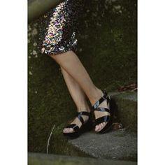 Emma sandalo donna nero con zeppa #NAEveganshoes #scarpevegane #veganshoes #scarpedonna #scarpeecologiche #sandalidonna