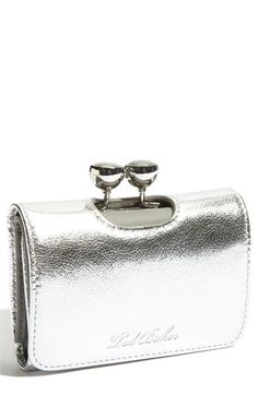 Silver clutch I love it! Silver Clutch, Leather Clutch, Beautiful Handbags, Silver Color, Silver Style, Designer, Purses And Bags, Fashion Accessories, White Gold