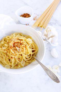Spaghetti all 'Aglio, Olio e Peperoncino image