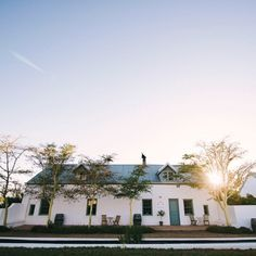 #DidYouKnow? The Oude Kerk in #RiebeekKasteel, which is a museum today, openend it's doors in 1855, but due to a shortage of funds, a minister only showed up in 1881. #Saturdaze #WesternCape #TravelGround
