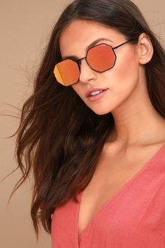 050638f13a Quay On a Dime Black and Pink Mirrored Sunglasses