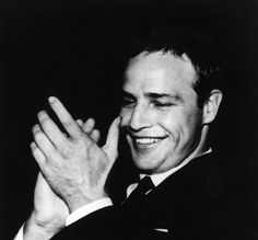favouriteppl: Marlon Brando enjoying himself and supporting close friend Wally Cox, star of the show Mister Peepers, while he performed his comedy act in Las Vegas. Vintage Hollywood, Classic Hollywood, In Hollywood, Nebraska, Marlon Brando The Godfather, Jack Palance, Comedy Acts, Jean Simmons, Moda Masculina