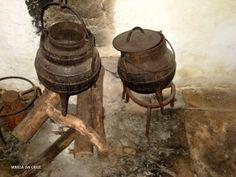 objetosdoutrostempos: As panelas de ferro e as trempes