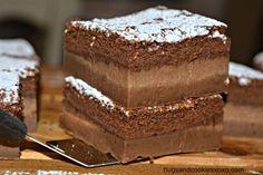 Chocolate Magic Custard Cakes - Hugs and Cookies XOXO Chocolate Custard, Chocolate Desserts, Magic Chocolate, Chocolate Cake, Chocolate Mouse, Sweet Recipes, Cake Recipes, Dessert Recipes, Cupcakes