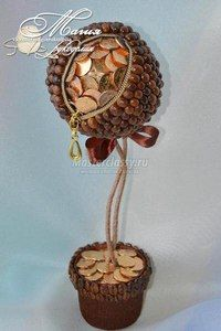 Кофейный топиарий с монетами - мастер-класс.