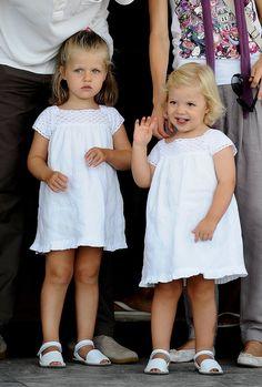 Princess Leonor and Infanta Sofía in 2009