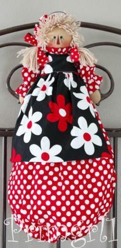 Plastic Bag Holder- Primitive Raggedy Doll, Michael Miller, flowers, polk HAFAIR