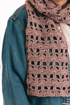 This lacy scarf features a unique combination of shell and v-stitches that are easily repeated over a four-row stitch pattern. Crochet Shaw, Free Crochet, Stitch Patterns, Crochet Patterns, Scarf Patterns, Crotchet Stitches, Crochet Scarves, Crocheted Scarf, V Stitch