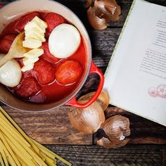 Best Marcella Hazan Cooking Tips - Ideas and recipes for making better Italian pasta, sauce, stews, salads, and more. Easy Cooking, Cooking Tips, Cooking Recipes, Cooking Light, Cooking Lamb, Steak Recipes, Keto Recipes, Marcella Hazan Tomato Sauce, Cooking Forever