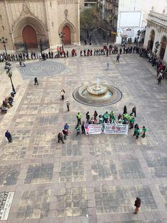 Protesta en el Ayuntamiento despues del BBVA