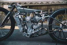 Vintage Motorcycles Classic Supercharged KTM custom motorcycle by Hazan Motorworks - The custom world is full of Photoshop renders, digital sketches, computer aided design and printers. And then there's Max Hazan. Ktm Motorcycles, Custom Motorcycles, Custom Bikes, Custom Vans, Motorcycle Engine, Motorcycle Design, Bike Design, Vintage Bikes, Vintage Motorcycles