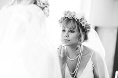 moggerhanger park wedding, country house wedding, quirky wedding photography www.lovestruckphoto.co.uk