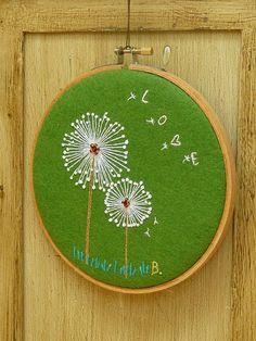 Dandelion hoop art x Hand Embroidery Tutorial, Embroidery Hoop Art, Embroidery Applique, Cross Stitch Embroidery, Embroidery Patterns, Satin Stitch, Fabric Art, Needlework, Couture