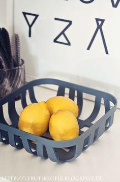 Via Le Butik Sofie | Alphabet Print by RK Design | Lemons | Muuto