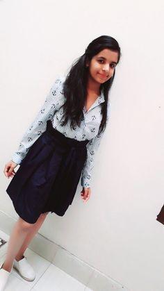 Cute Girl Dresses, Stylish Dresses For Girls, Stylish Girls Photos, Stylish Girl Pic, Beautiful Blonde Girl, Beautiful Girl Photo, Beautiful Girl Indian, Desi Girl Image, Beautiful Girl Image