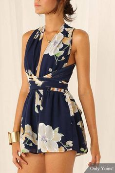 Navy Chiffon Criss Crossed Back In Floral Print Playsuit - US$13.95 -YOINS