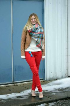 Style in a Small Town   Aerie Blanket Scarf   http://www.styleinasmalltown.com