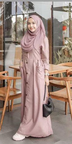 Muslim Women Fashion, Islamic Fashion, Mode Abaya, Mode Hijab, Modest Fashion Hijab, Fashion Outfits, Stylish Dresses For Girls, Hijab Fashion Inspiration, Kurti Designs Party Wear