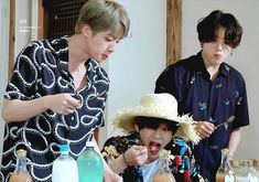 Bts Jin, Bts Taehyung, Bts Bangtan Boy, Handsome Faces, Most Handsome Men, Bts Summer Package, Bts Aesthetic Pictures, Online Manga, Famous Stars