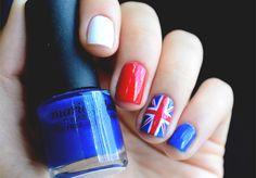 Nail art: quero ir pra Londres #MeLevaKipling    por Bruna Vieira | Depois dos Quinze       - http://modatrade.com.br/nail-art-quero-ir-pra-londres-melevakipling