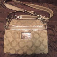... coupon code for coach poppy crossbody minimal wear still in great shape coach  bags crossbody bags b472c3f552a35