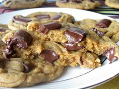 Chewy Chunky Chocolate Pumpkin Cookies- So amazingly good!