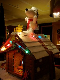 A Charlie Brown Christmas with gingerbread :)