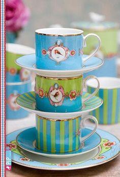 twee cups