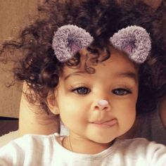 This snap filter is so cute. This snap filter is so cute. So Cute Baby, Cute Mixed Babies, Cute Black Babies, Black Baby Girls, Cute Baby Videos, Cute Baby Pictures, Baby Kind, Pretty Baby, Little Babies