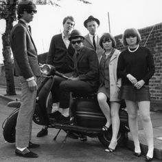 vintage everyday: MOD: Fashion Characteristic of British Young People in the Mod Fashion, 1960s Fashion, Fashion Vintage, Youth Culture, Pop Culture, Youth Subcultures, Mod Look, Mod Girl, Mod Scooter