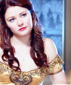 Emilie de Ravin as Belle - Once Upon A Time I have such a girl crush on her.