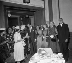 National Council of Negro Women, Dinner with newscaster, George Putnam. Charles Williams Collection. Institute for Arts and Media Photographs.