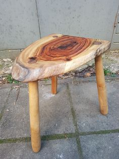 More recently I have broadened my interests and now create own style of greenwood furniture as well as traditionally crafted wooden household utensils Green Woodworking, Household, Traditional, Tools, Instagram Posts, Handmade, Crafts, Furniture, Design