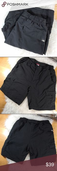 The North Face Cargo Shorts! Sz M The North Face Cargo Shorts! The North Face Shorts Cargo